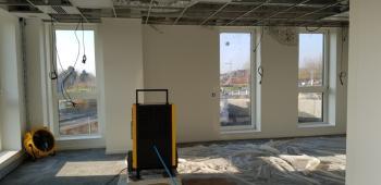 En hiver, comment accélérer le séchage de chape anhydrite et comment sécher les murs de votre construction