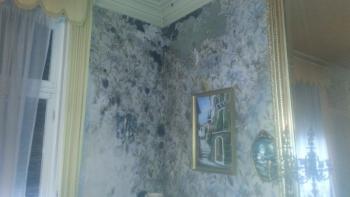 Comment assécher les murs et sols d'une maison après une inondation pluviale ou d'eau d'usage ?